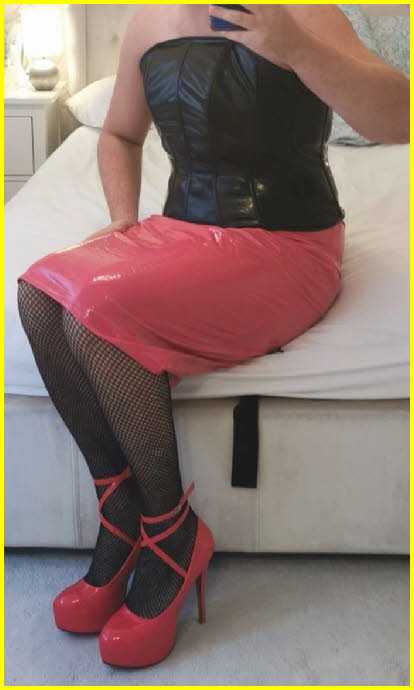 Closeted PVC-loving sissy from Leeds